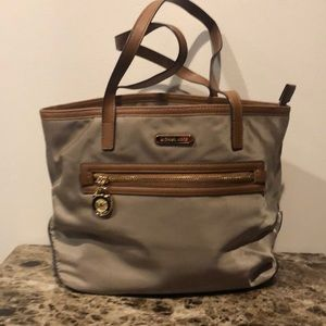 Taupe Michel Kors Tote